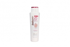 Crema Babaria Body Milk Reafirmante Con Vitamina E Frasco Con 500 mL