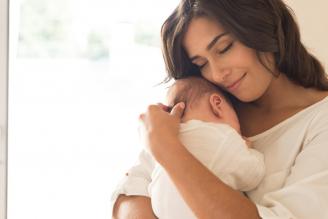 Cuidados Para Bebés Recién Nacidos Sanos (de 0 a 1 Mes) Por Auxiliar de Enfermería