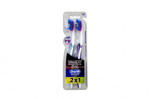 Cepillo Dental Oral B 3D White Proflex 2 x 1 Empaque Con 2 Unidades