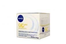 Nivea Crema Facial Humectante Q10 PLus FPS 20 Caja Con Tarro Con 50 mL