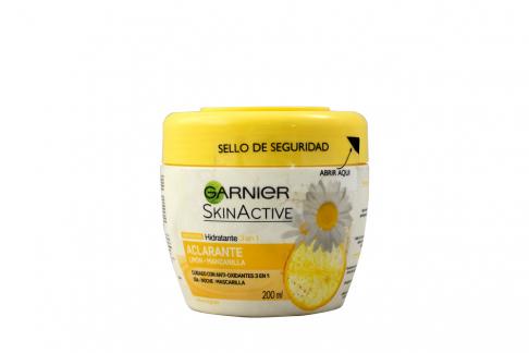 Emulsión Garnier SkinActive 3 En 1 Aclarante Frasco Con 200 mL